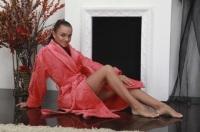 Женский махровый халат Ромашки (цвет: коралл)