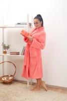 Женский халат из велсофта № 800 розовый
